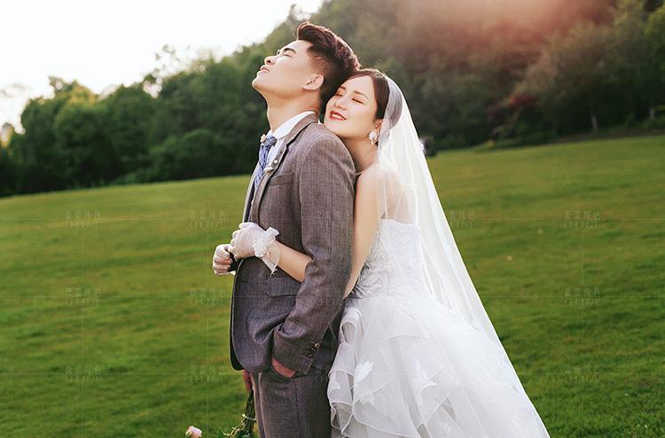 王先生 杨小姐