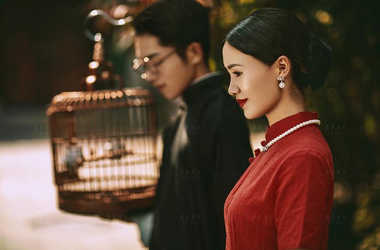 刘先生  鞠小姐